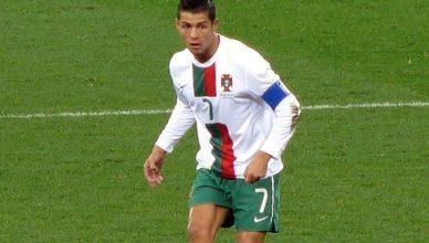 richest footballer in the world 2020